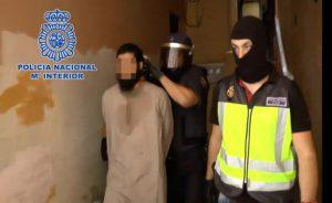 Detencion-lider-celula-yihadista-Melilla_ECDIMA20140926_0008_43